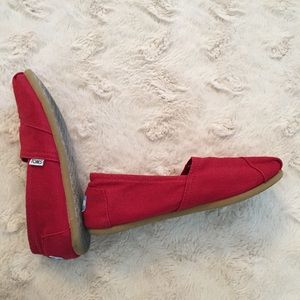 Toms Shoes - Toms Red 8.5 Canvas Flats
